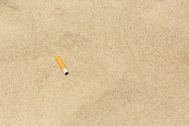 Τα αποτσίγαρα προκαλούν τη μεγαλύτερη θαλάσσια ρύπανση!